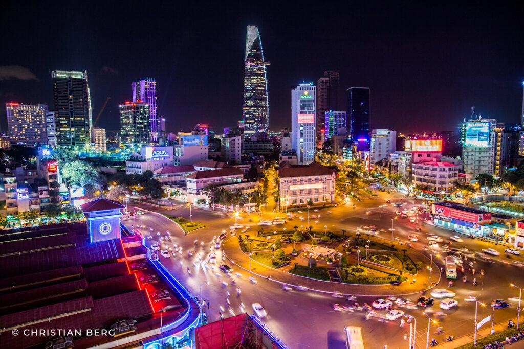 skyline with ben thanh market