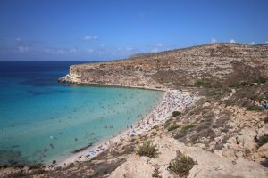 Lampedusa enrica-tancioni-e2dwdStJbCw-unsplash
